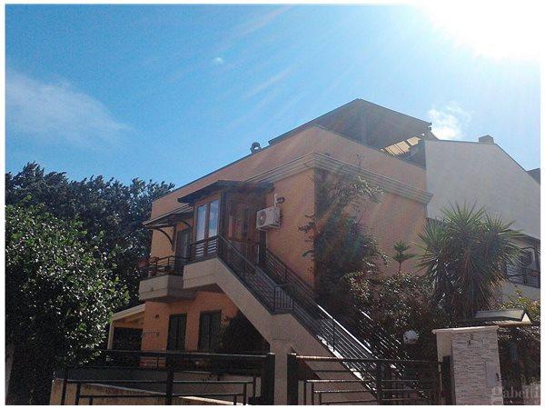 Case appartamenti negozi uffici in vendita a san severo for Case in vendita san severo